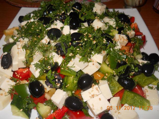 Греческий салат с сыром «Фета»