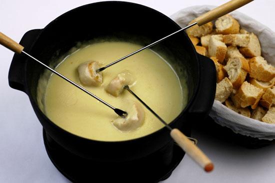 Как приготовить фондю из сыра