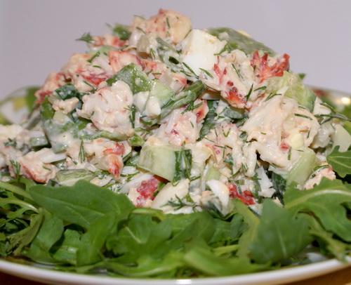Салат столичный с мясом краба