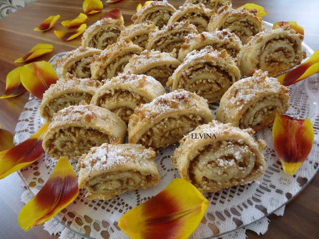 Печенье с орехами и яблоками