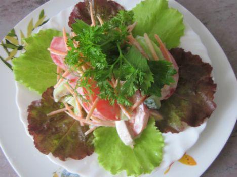 Салат с корневым сельдереем