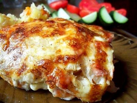 Картофельная запеканка с ветчиной и сыром фото