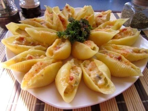 Фаршированные макароны в духовке