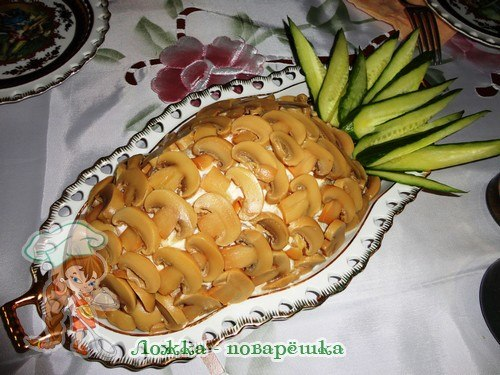 Салат «Ананас» с грибами