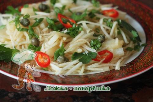 Салат из кольраби и картофеля