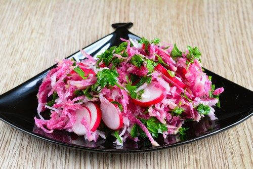 Салат из редьки и редиса