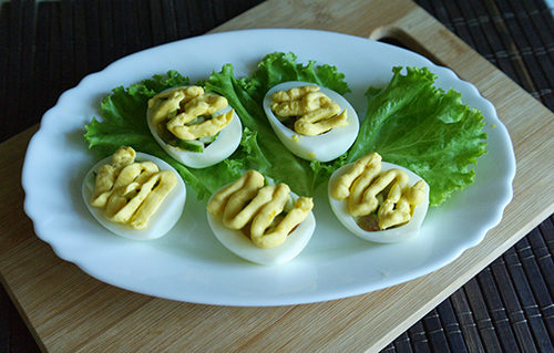 Фаршируем яйца 3