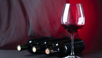 Бывает ли дешевое вино хорошим и вкусным