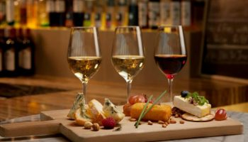 5 правил сочетания готовых блюд и вин