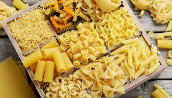 Спиральки, рожки и перья — как называют привычные нам макароны на их родине в Италии