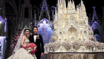 5 самых потрясающих свадебных тортов, разрезать которые не поднимается рука