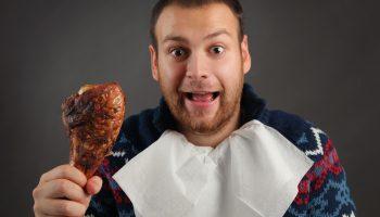 Почему мужчинам лучше не есть покупную курицу