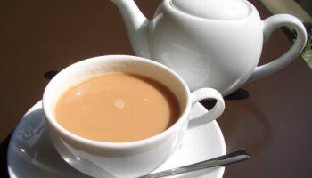 В какой чай китайцы добавляют соль вместо сахара