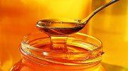 Как мед лишают полезных свойств, добавляя его в горячий чай