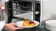 5 продуктов которые взрываются в микроволновой печи