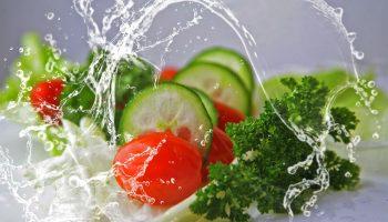 Какие овощи практически полностью состоят из воды