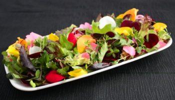 Во сколько обойдется салат из цветков во французском ресторане