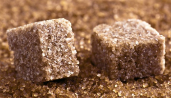 Как отличить настоящий тростниковый сахар от обычного