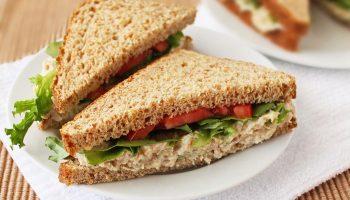 Бутерброды с макаронами: новый страшный сон адептов безуглеводной  диеты