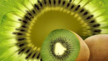 Какой фрукт является рекордсменом по содержанию витамина С