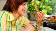 Почему с возрастом люди начинают любить еду, которую раньше терпеть не могли
