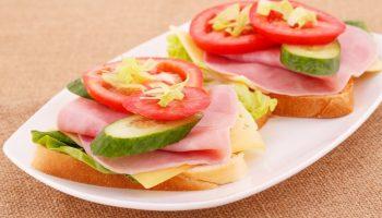 Какая разница между сэндвичем и бутербродом