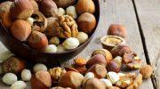 Какие орехи опасны для здоровья в большом количестве