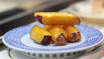 Где принято готовить десерты из обычной картошки