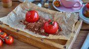 В какой стране помидоры добавляют в десерты, а не салаты