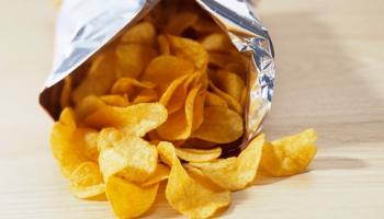 Почему в известных чипсах кукурузы не меньше, чем картофеля