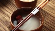 5 суеверий японцев, связанных с палочками для еды