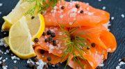 Откуда появилась традиция подавать рыбу вместе с лимоном (спойлер: вкус тут ни при чем)