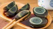 Столетние яйца – китайский деликатес, не вызывающий аппетит