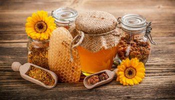 5 способов, которые помогут отличить натуральный мед от обычного сахара