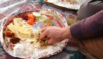 Какие необычные способы употребления пищи можно повстречать в разных странах
