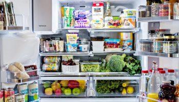 Как правильно располагать продукты в холодильнике