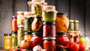Насколько полезны консервированные продукты