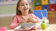 5 вариантов еды, которую можно положить с собой ребенку в ланч-бокс