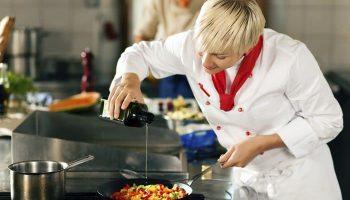 Как стать поваром: классификация поваров, обязанности, выбор и место обучения