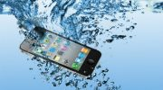 Что делать, если вы уронили смартфон в воду